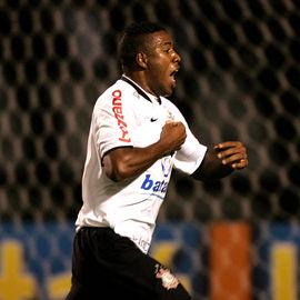 O promissor Jucilei (JuciRei) marca o seu primeiro gol com o manto corinthiano.